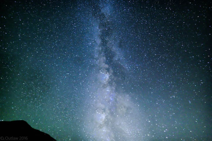 Milky Way directly over Tin Valley