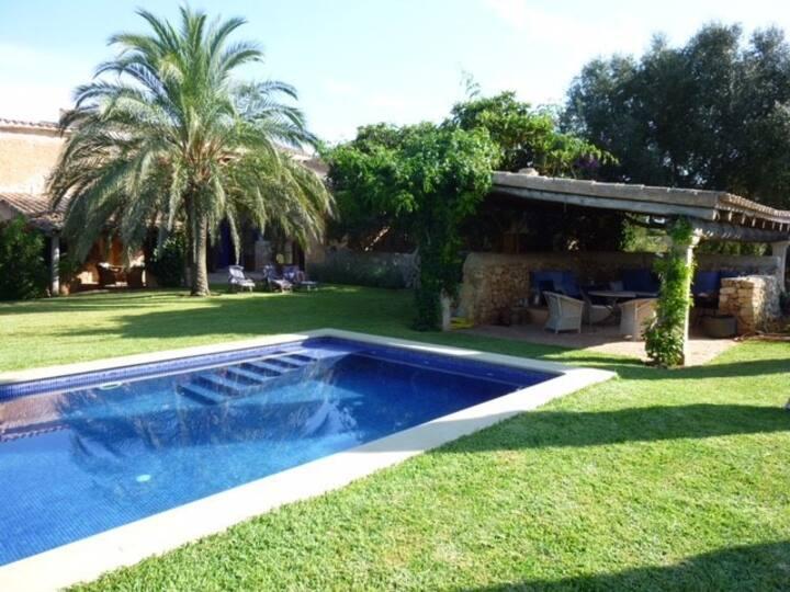 Romantische Finca im Südosten Mallorcas