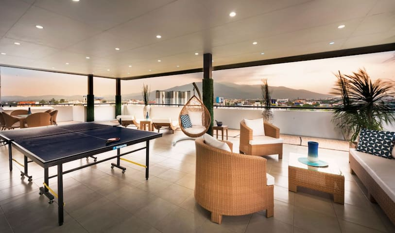 Private Penthouse with an amazing panoramic view!