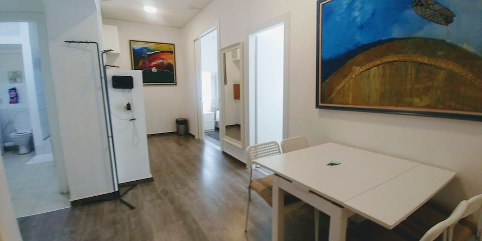 2BDR Central, Cozy & Fully Suited ❤ of TLV