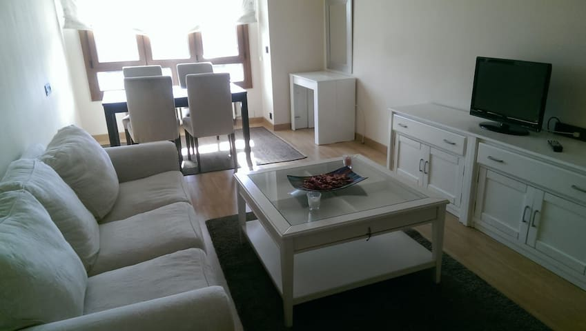 Apartamento  en el centro de Gijón, wifi,playa