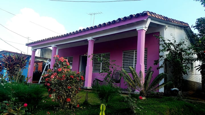 Casa Naida Junco