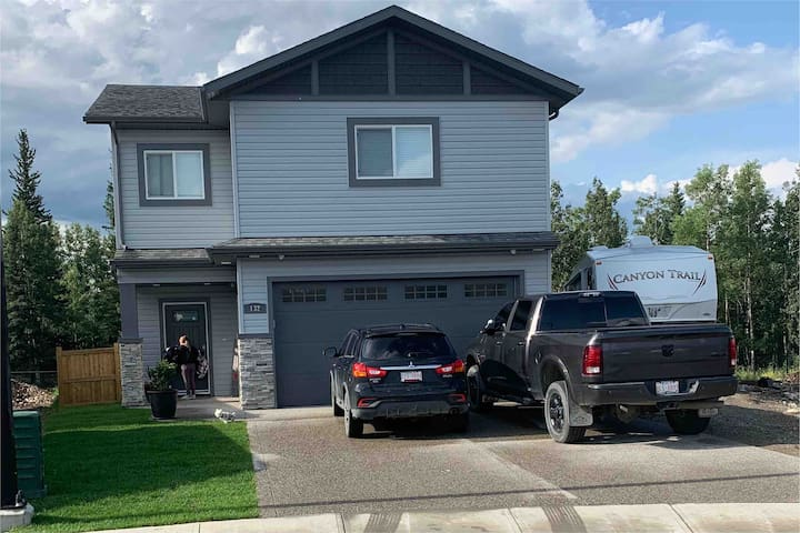 Big, Beautiful, Brand New Home close to JASPER, AB