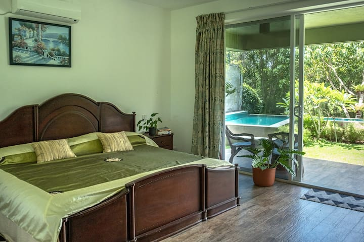 Cosy Urban Getaway Bordering Colombo's Wetlands