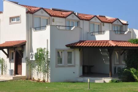 Apollonia Beach Villa 3+1 Rental - ディディム