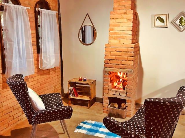 Casa do Bosque estilo romântico - Chácara Rolando