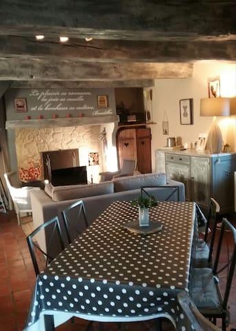 Maison de campagne à proximité de Cluny - Saint-André-le-Désert