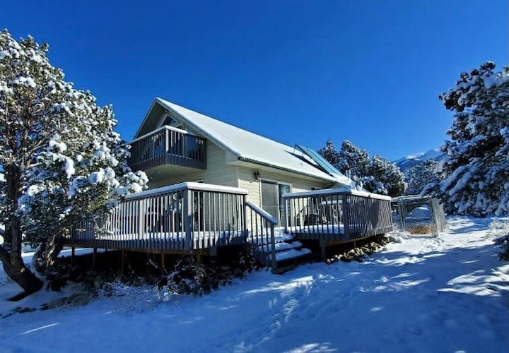 Family Home Minutes from Sand Dunes + Pub!!!