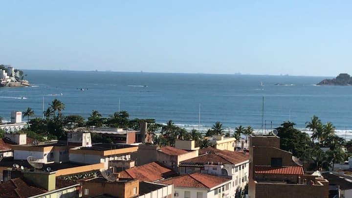 Apartamento Guarujá vista p/ mar, piscina e sauna