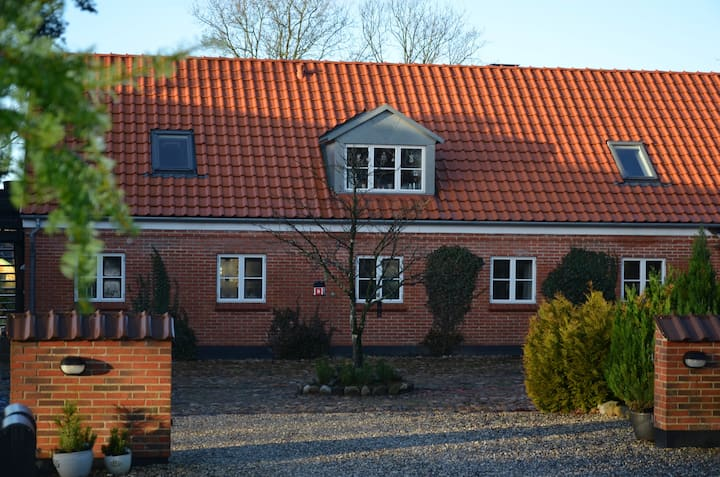 Cozy farm house 15 min from MCH Herning
