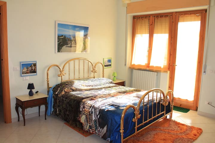 new, comfortable and clean rooms - Viterbo - Apartemen