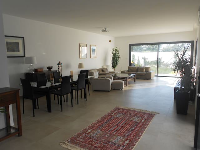 Modern house with pool (Soukra) - Tunis - Villa