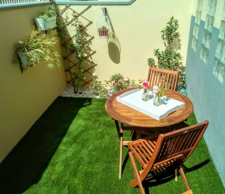 Avenue Study (Alojamiento entero con terraza)