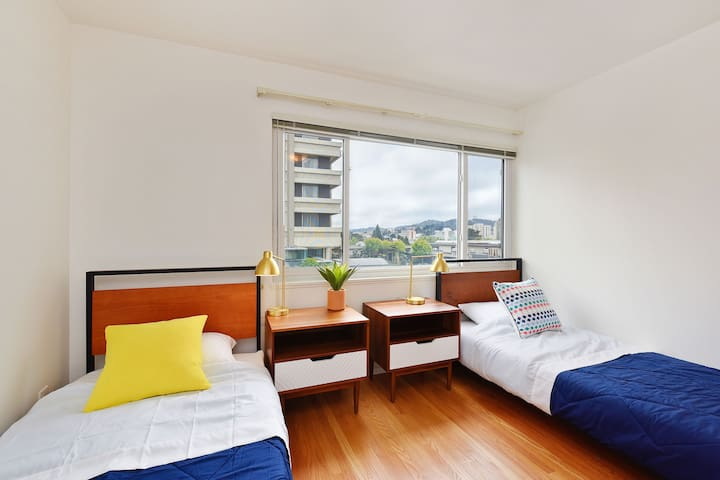 Specious shared room in the heart of Japantown