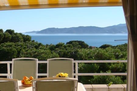 014 Apto.con espectaculares vistas al mar - Llançà - 公寓