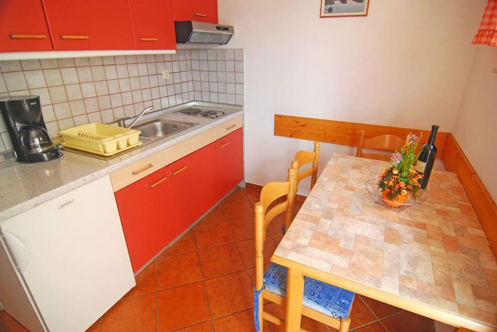 Kitchen, Surface: 12 m²