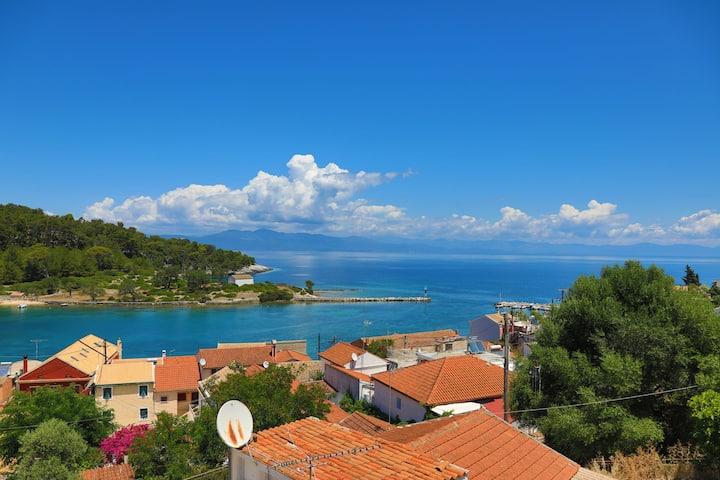 Sterna Apartment: Gaios Paxos, Sea views, WiFi