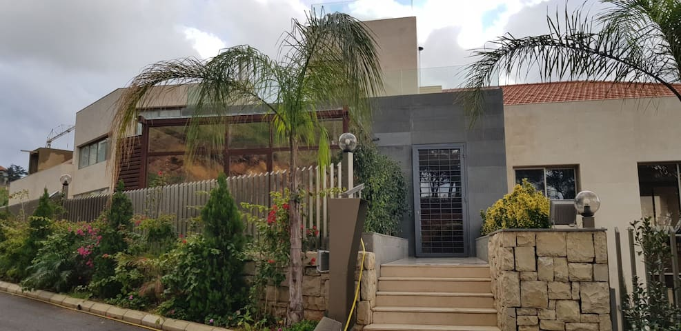 Modern home in ain saadeh