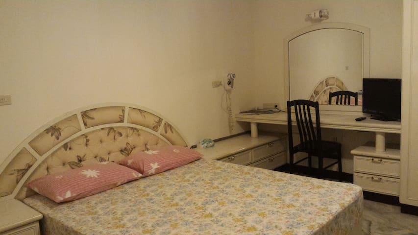 萊雅客居雙人套房出租(房間在4F;請在21:00前入住) - Puli Township - Rumah