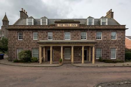 5 Mill Inn