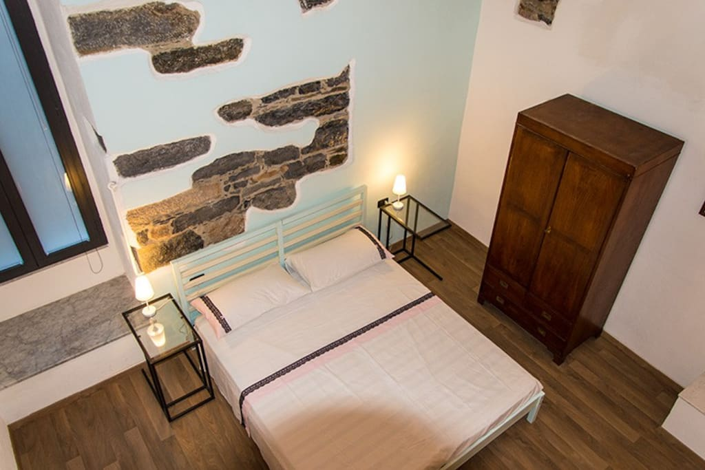 The bedroom seen from the loft