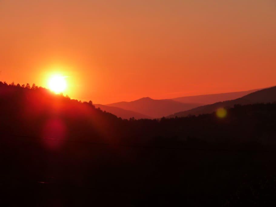 Les superbes couchers de soleil depuis la terrasse