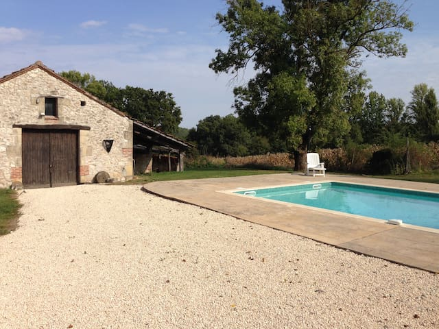 Rural Gite with Pool - Saint-Aubin - Bangalô