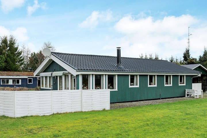 8 person holiday home in Storvorde