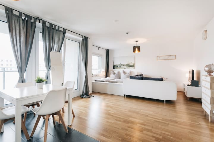 Modern Apartment in the ❤️ of Dresden