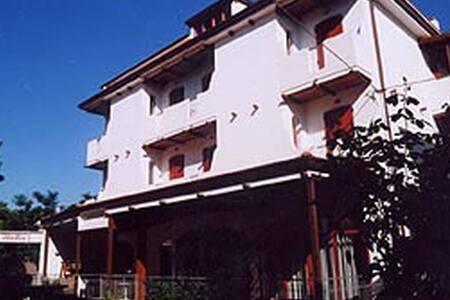 BB GiovaneItalia Rimini mare centro - Rimini