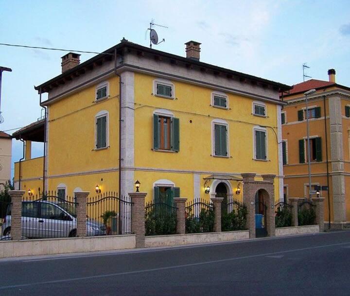 Villa Colotti.