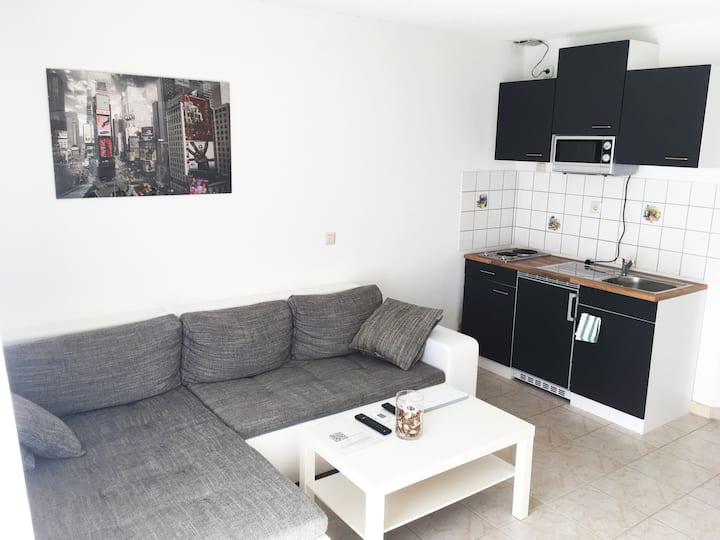 Compact 1 Room Apartment near Audi, Lidl, Kaufland