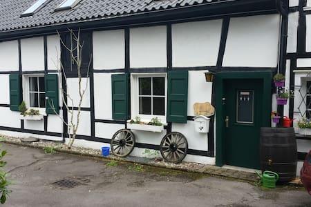 Gemütliche Wohnung in Kettwig - Essen