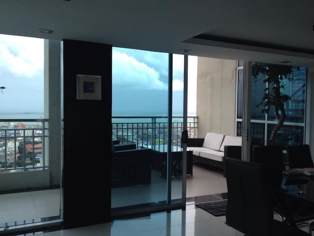 Crown Regency Executive Penthouse - Cebu City - Appartement