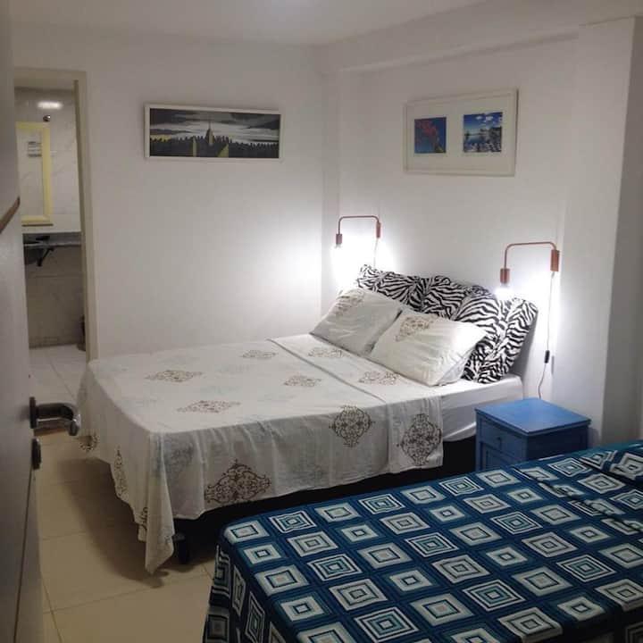 Hostel Lapa 166 Suíte com Cama de Casal e Solteiro