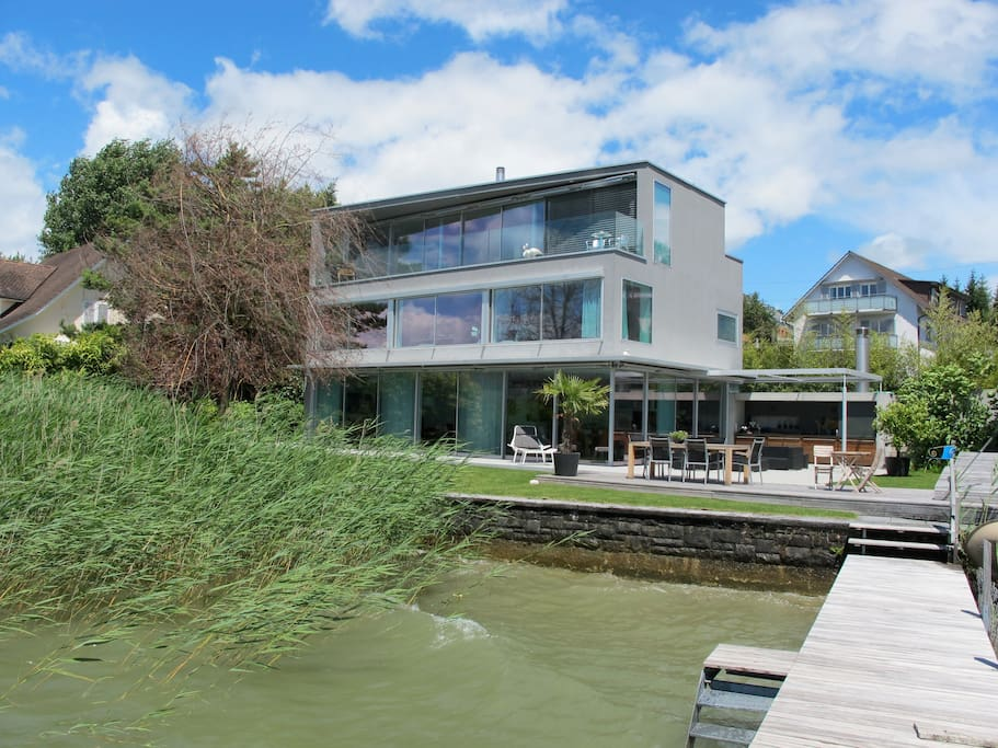 The view from the jetty, the flat is on the top floor (please note that there is no access to the garden)
