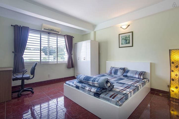 Nice condo in the center #402 - Ho Chi Minh City - Flat