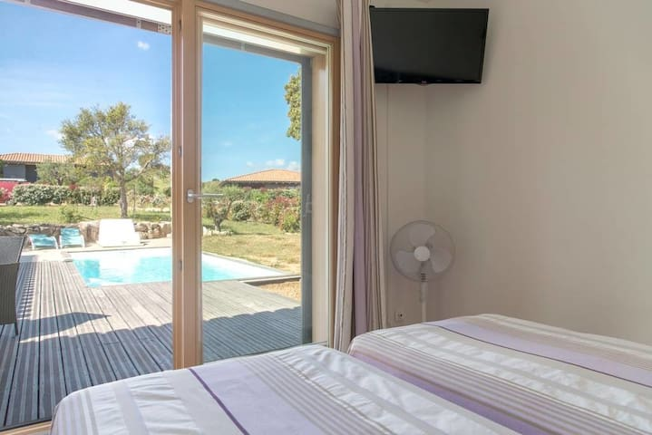 Villa closed to beaches and mountain with heated pool