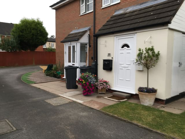 Ground floor 2/3 bedroom Massonette - Sutton Coldfield - Apartamento