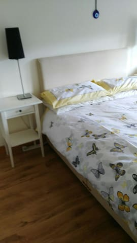 Cozy 2Bed with free parking. Quiet. - Rathnew - Apartment