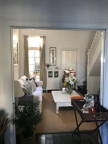 Charming terrace house in the heart of Paddington - Paddington - Rumah