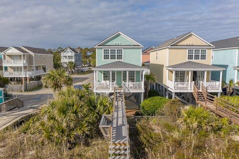 321b - Verdadero frente a la playa con pasarela privada y piscina