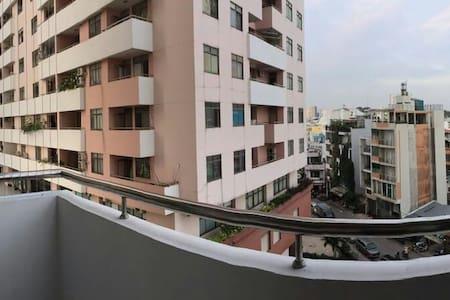 Wonderful riverview 1 BR Apartment - Quan 3