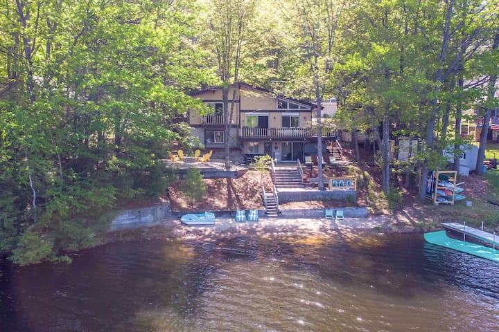 NEW! Dreamy Lakefront Getaway with Beach & Hot Tub