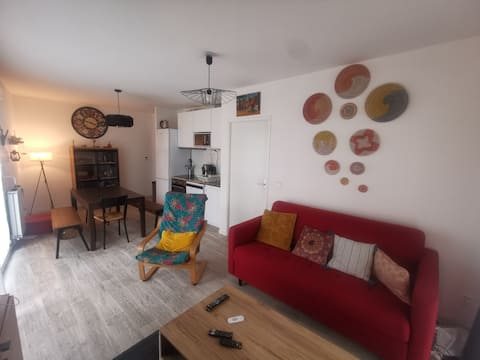 beautiful 2 room apartment with terrace in Bagneux