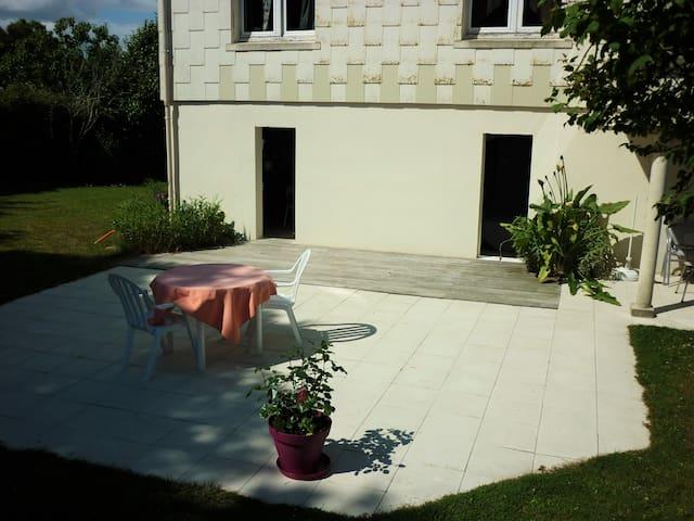 Studio avec terrasse - Saint-Viaud - Rumah