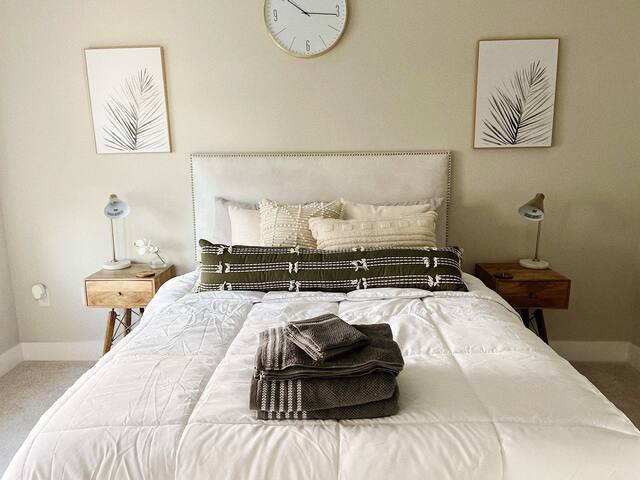 Master bedroom (#2)