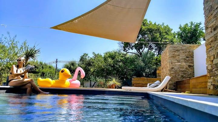 appartement piscine jardin vue