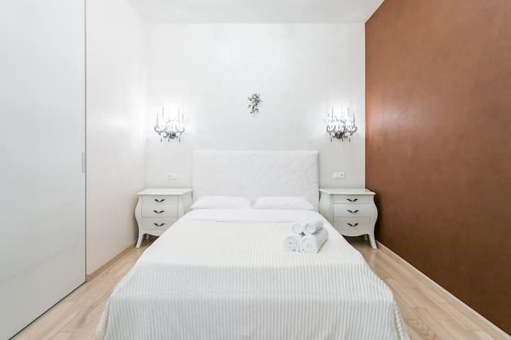 Luxury apartment near Taganskaya metro station
