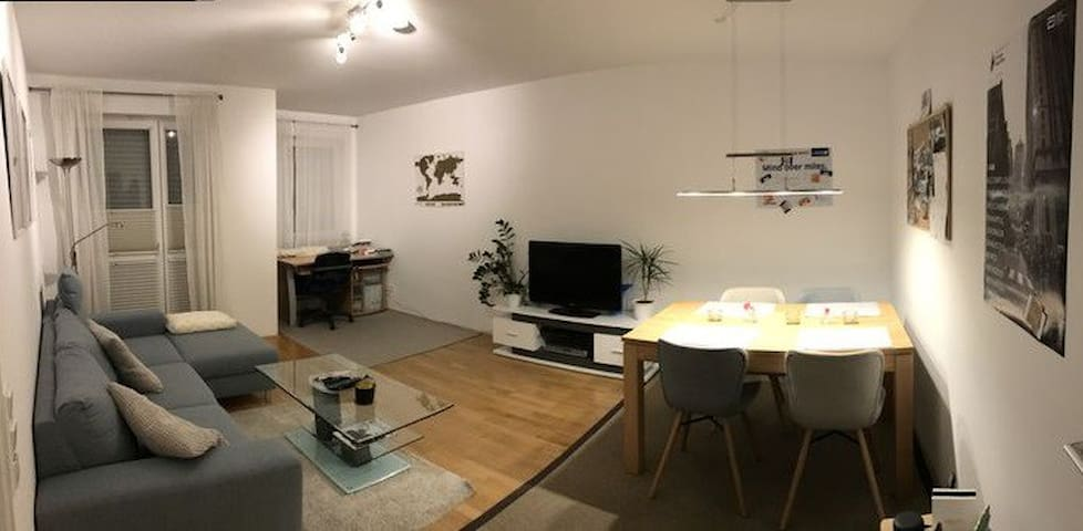 Girls apartment - good connection to airport &city